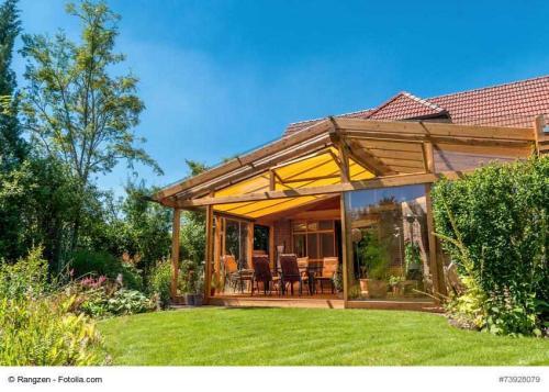 wintergarten vor sonne sch tzen pflanzenfreunde. Black Bedroom Furniture Sets. Home Design Ideas